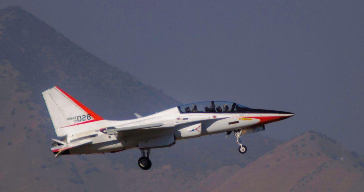Colombia señala al avión KAI TA-50 como la opción principal para reemplazar sus A-37B